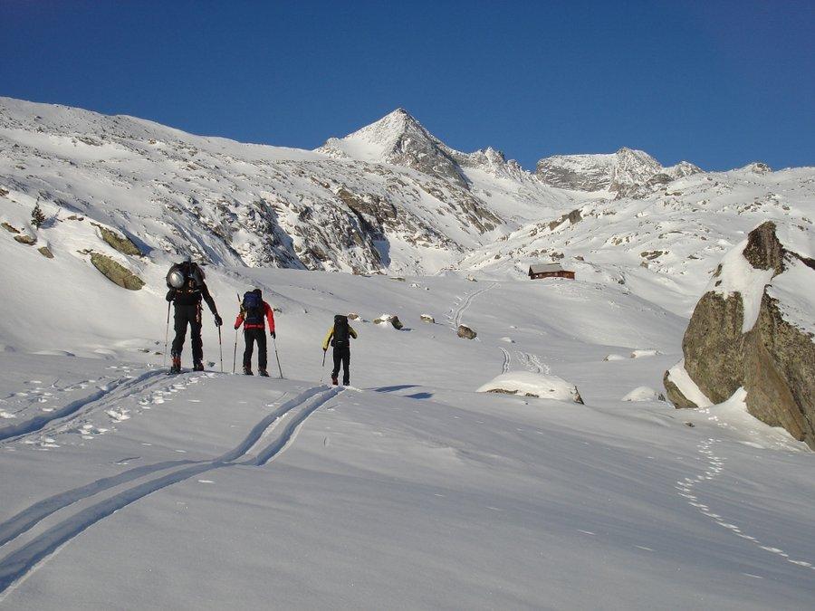 Inverno nelle montagne vivino Hotel Zollner