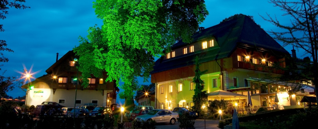 Hotel Zollner at night